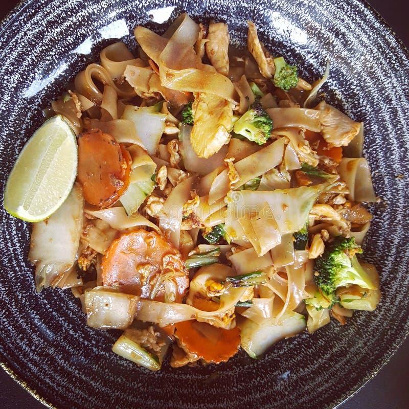 L'alimento mangia il thaifood della tagliatella fotografia stock libera da diritti