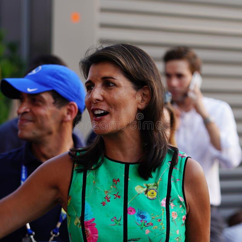 L'ambassadeur des Etats-Unis aux Nations Unies Nikki Haley assiste à la session 2018 de jour d'US Open au centre national de tenn photo stock
