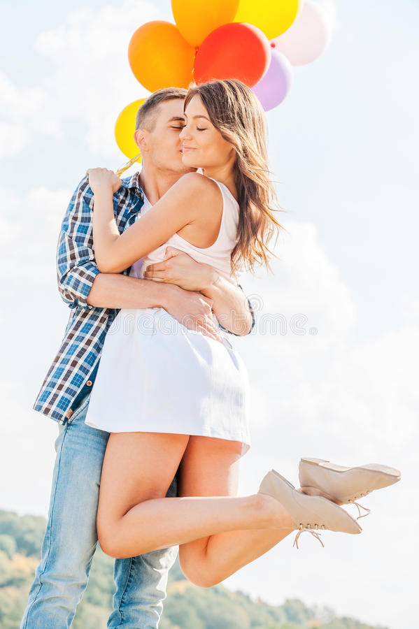 Download L'amour est dans le ciel image stock. Image du coloré - 45354735