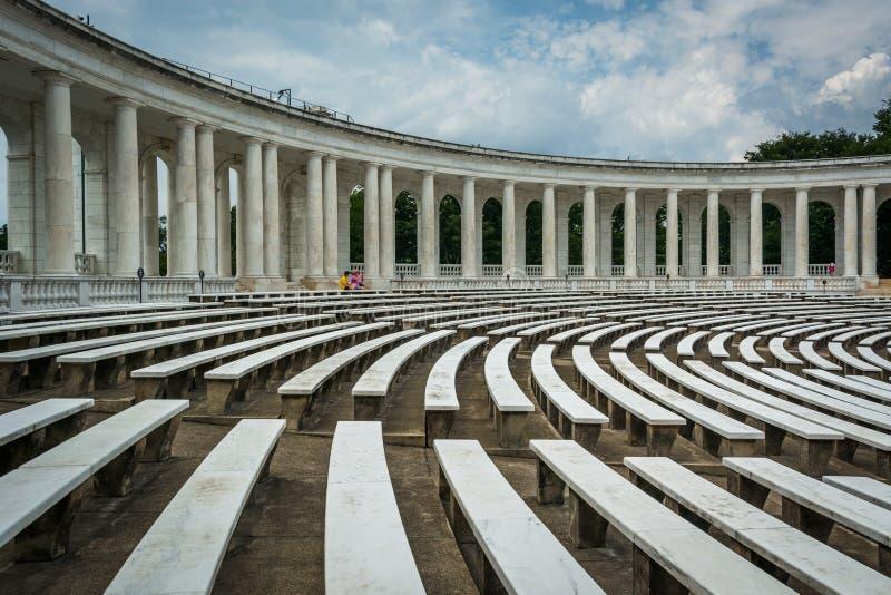 L'anfiteatro commemorativo di Arlington al cittadino Cemete di Arlington fotografia stock libera da diritti