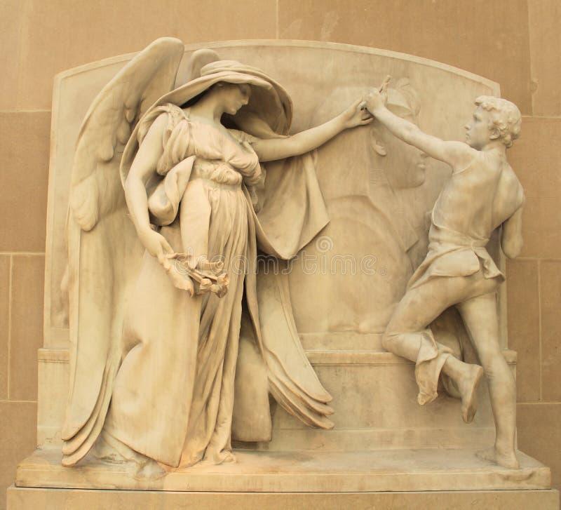 L'angelo della morte e dello scultore fotografia stock libera da diritti
