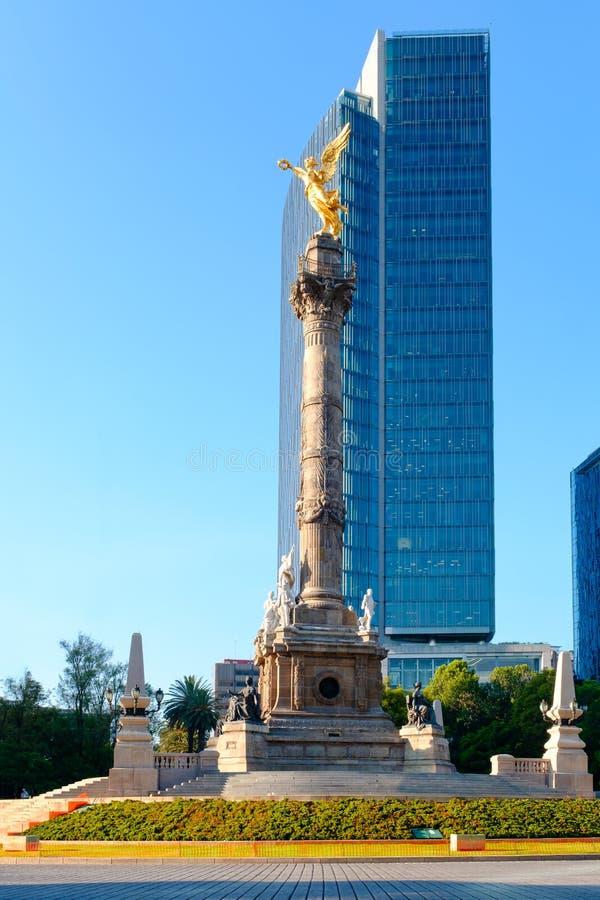L'angelo di indipendenza a Paseo de la Reforma in Città del Messico fotografia stock libera da diritti