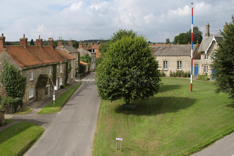 L'anglais Village Green et mât images libres de droits