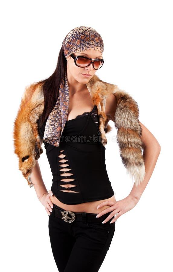 L'animale da portare della donna attraente è caduto fotografia stock