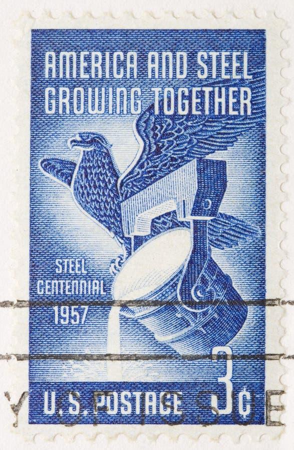 L'annata 1956 ha annullato il bollo America degli Stati Uniti e l'acciaio fotografia stock libera da diritti
