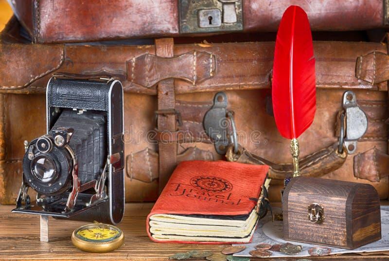 L'annata avventura l'attrezzatura immagini stock libere da diritti
