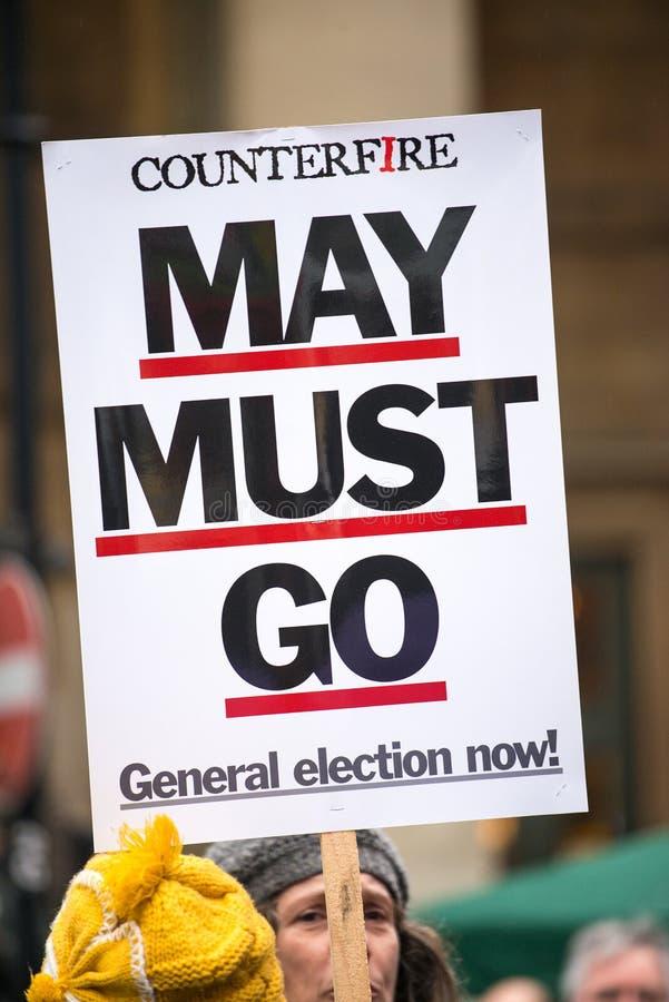 L'anti manifesto di governo visto alla Gran-Bretagna ora è rotto elezione generale/dimostrazione a Londra immagini stock libere da diritti
