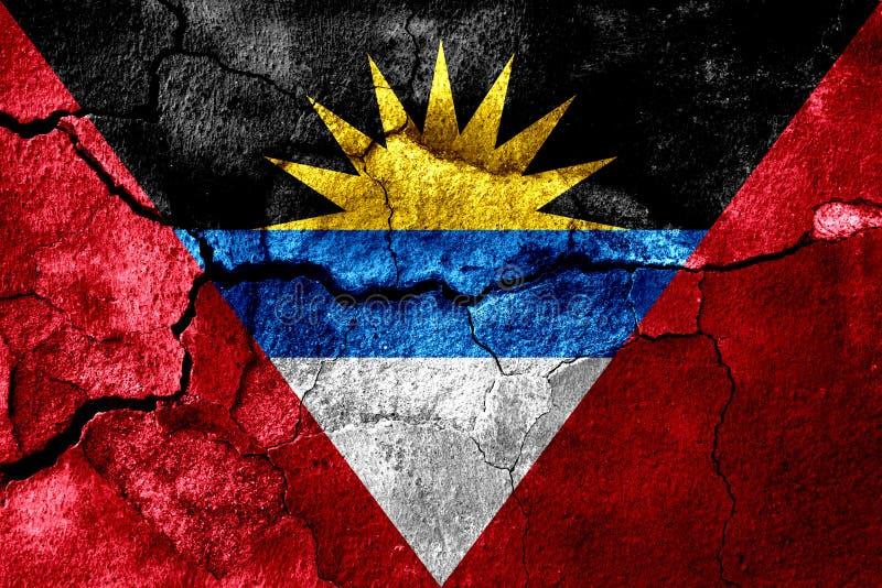 L'Antigua-et-Barbuda s'est rouillé drapeau de texture, fond rouillé illustration libre de droits