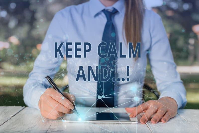 L'apparence conceptuelle d'?criture de main maintiennent calme et Photo d'affaires pr?sentant l'affiche de motivation produite pa photo libre de droits