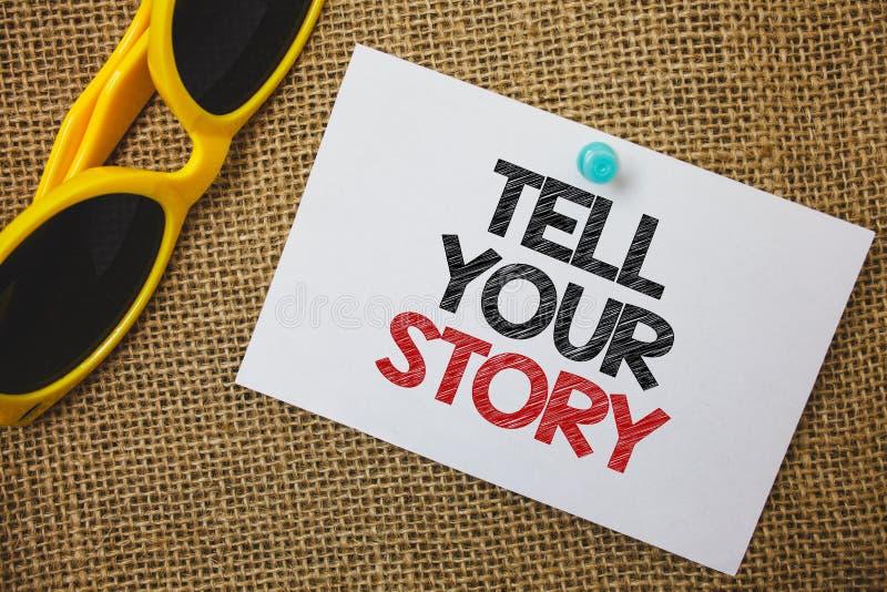 L'apparence de note d'écriture racontent votre histoire Photo d'affaires présentant exprimant vos sentiments relatant écrivant vo image libre de droits