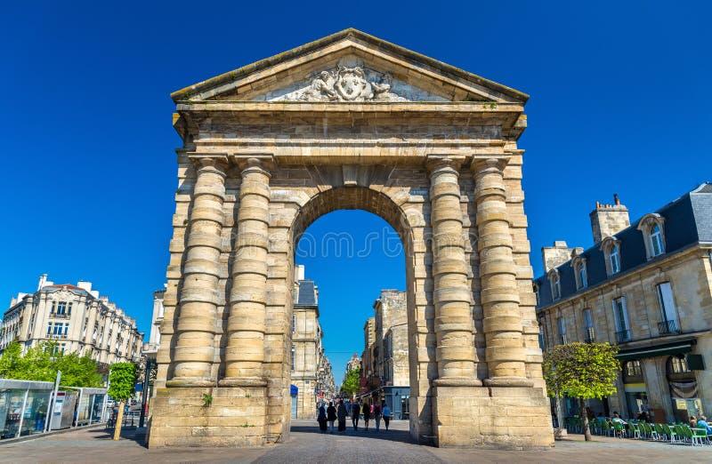 ` L'Aquitania, un portone di Porte d di secolo XVIII in Bordeaux, Francia immagine stock libera da diritti