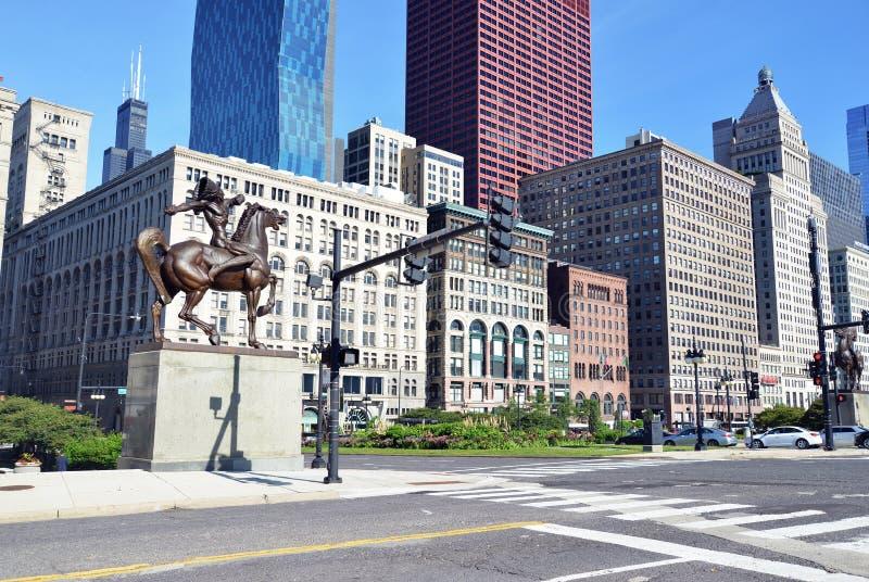 L'archer et l'homme armé d'une lance, Chicago photo stock
