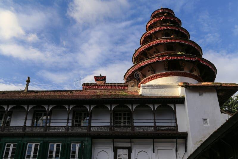 Download L'architecture Dans La Place Durbar De Katmandou Au Népal Image stock - Image du ciel, nepal: 45363731