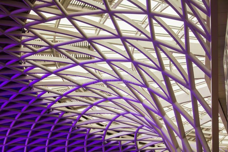 L'architecture merveilleuse de plafond des Rois Cross photos stock