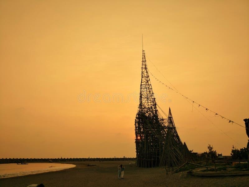 L'architettura di legno speciale oltre al mare a Tainan fotografie stock