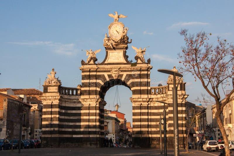 L'arco Giuseppe Garibaldi, Catania, Sicilia, Italia immagini stock