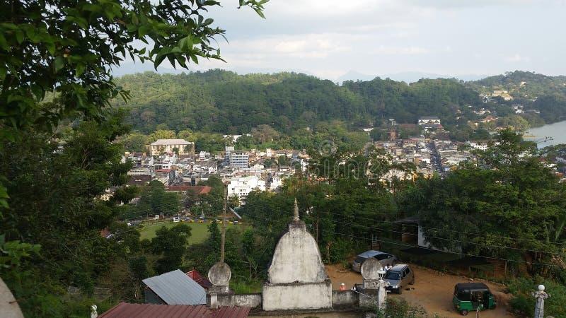 L'aria ciry antique de temple peut voir la ville de Kandy photos stock
