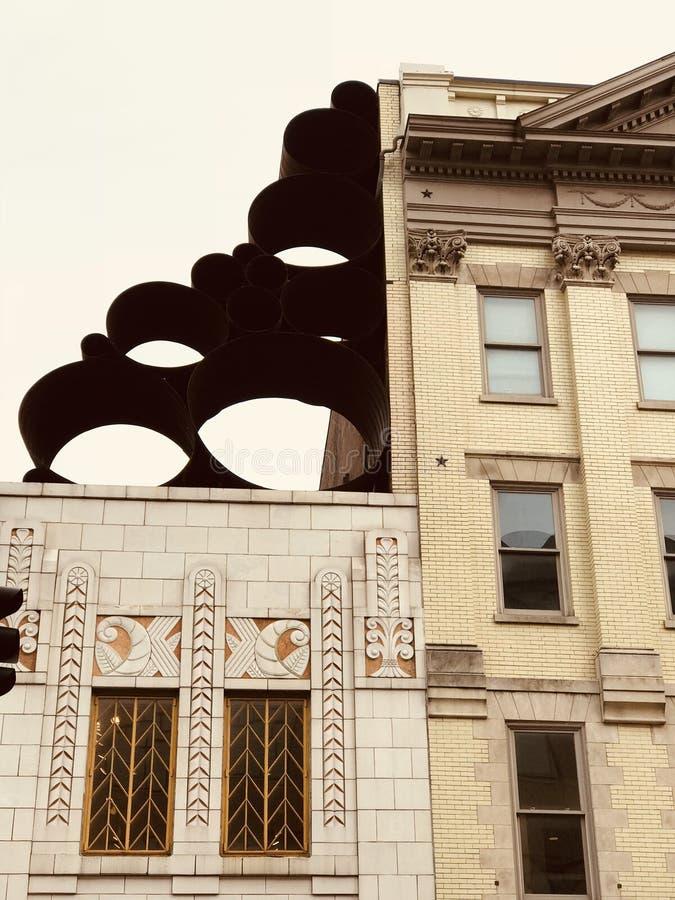 L'art moderne orne les bâtiments principaux au centre de Lexington, Kentucky - KENTUCKY images stock