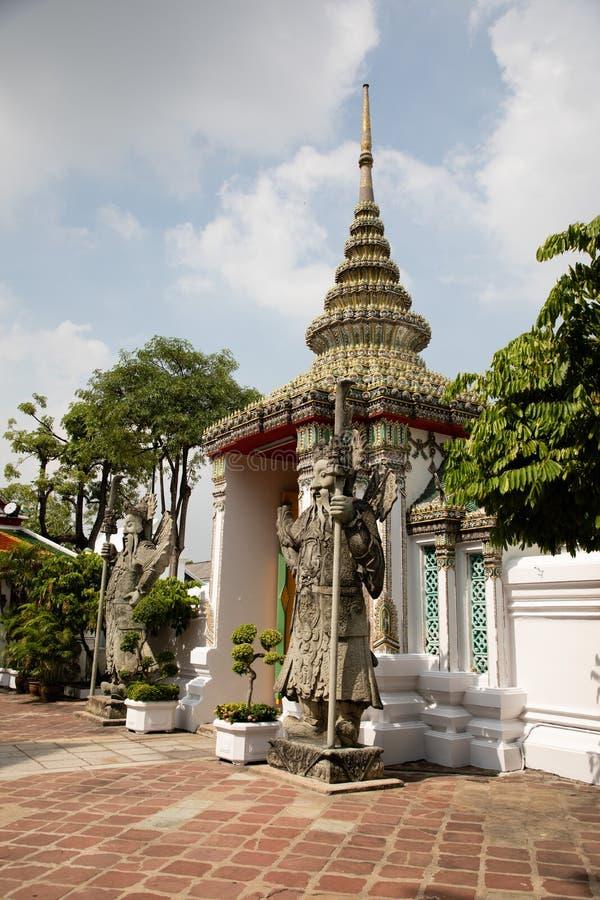 L'art, vieux, célèbre, royaume, grand, voyage, temple, tourisme, Thaïlande, wat, religion, urbaine, Asie, prient, extérieur, hist photo stock