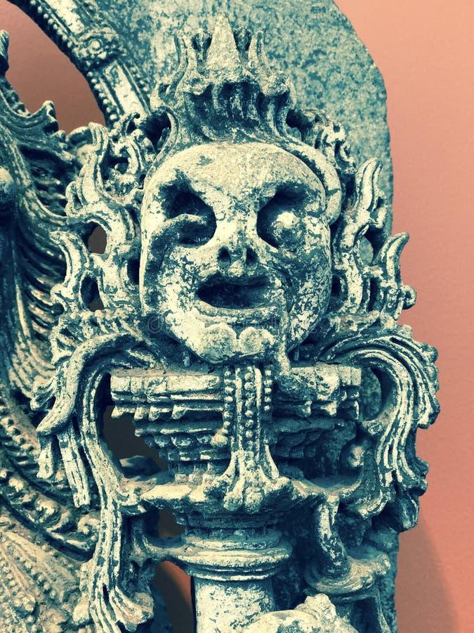 L'arte indiana mostra il lato negativo dell'archetipo femminile - INDIANO immagini stock