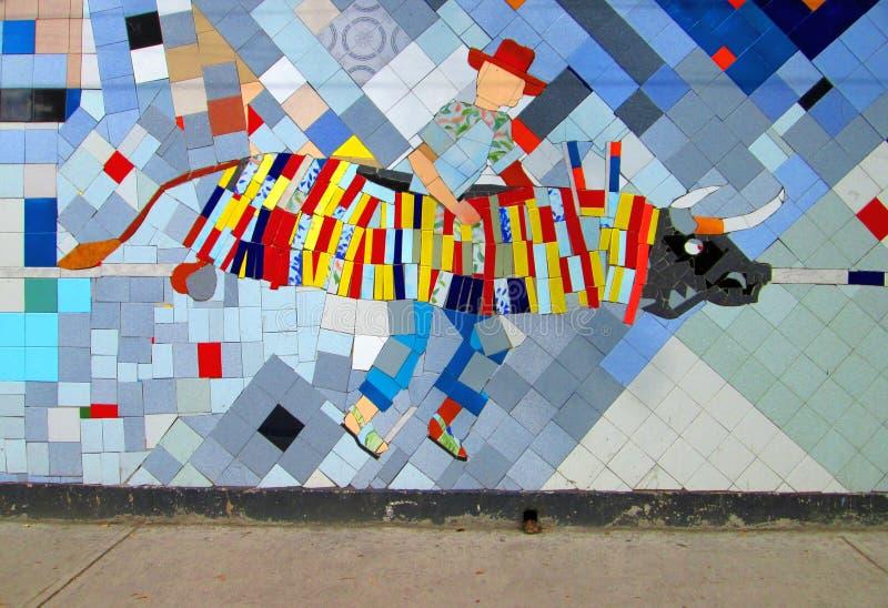 L'arte urbana, mosaico colora Toro, Venezuela fotografie stock