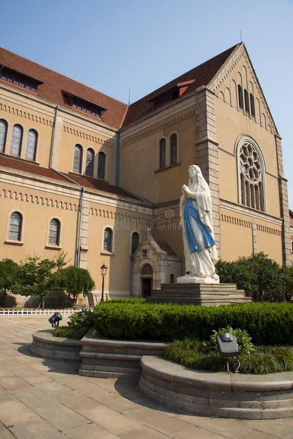 L'Asia Cina, Qingdao, Shandong, chiesa cattolica, Madonna immagine stock libera da diritti