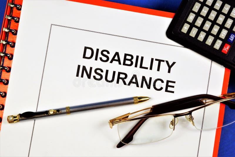 L'assurance-invalidité - paiement d'une indemnité pour dommages subis par l'assuré afin de compenser la perte de revenus dans les images libres de droits