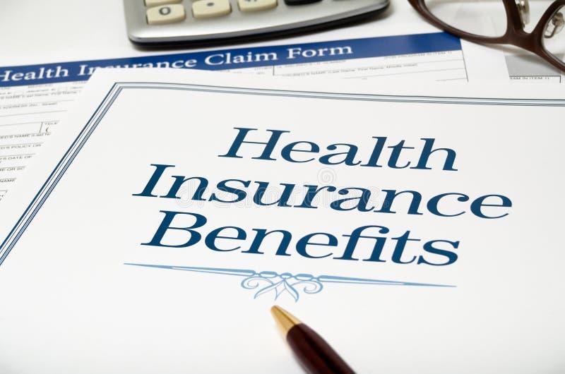 L'assurance médicale maladie bénéficie le plan rapproché de livre photo libre de droits