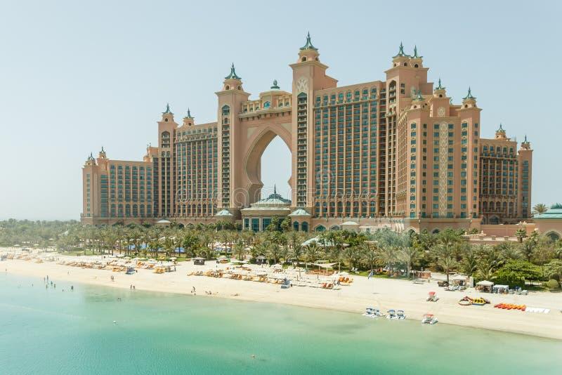 L'Atlantide, l'hôtel de paume la vue du monorail, Dubaï images stock