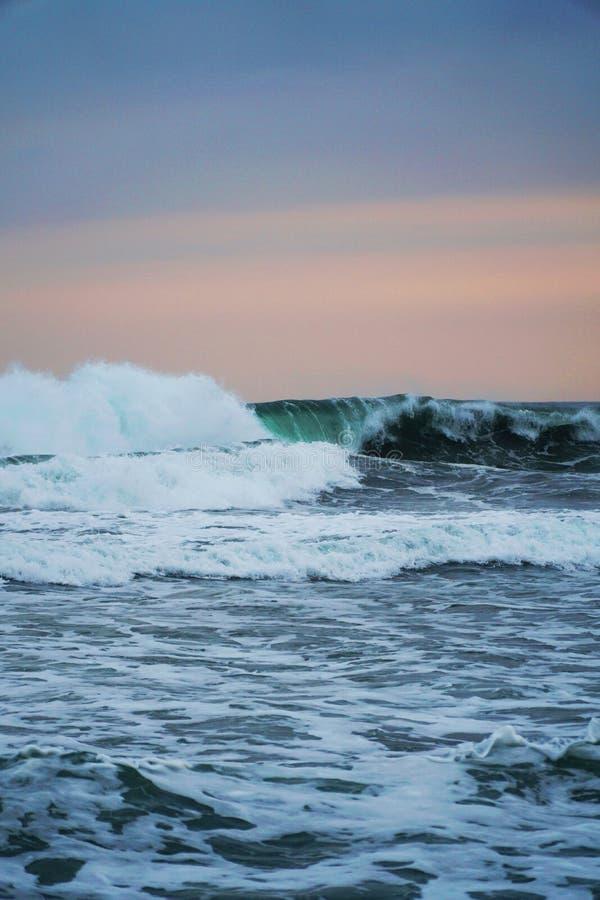 l'atmosphère d'après-midi sur la plage images stock