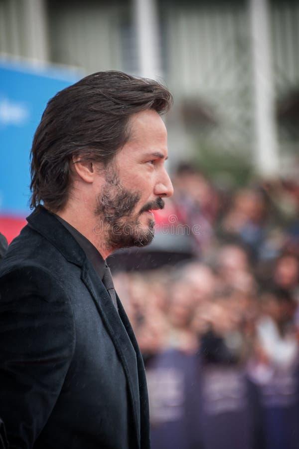 L'attore Keanu Reeves assiste toc toc al prima durante il quarantunesimo festival cinematografico dell'americano di Deauville immagini stock