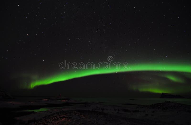 Aurora stupefacente, il fiordo e un gruppo di fotografi immagine stock libera da diritti