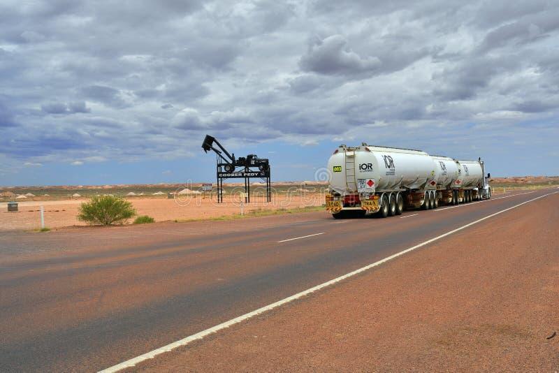 L'Australia, Coober Pedy, traffico fotografia stock libera da diritti