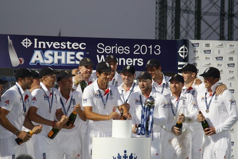 L'Australie internationale Investec de l'Angleterre v de cricket incinère le 5ème Tes images libres de droits