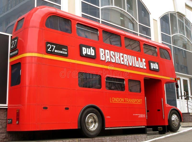 L'autobus de Londres vers Penza photos libres de droits