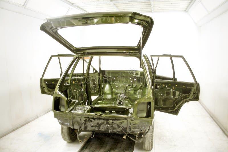 L'automobile conçoivent en fonction du client et peignent l'atelier Inde