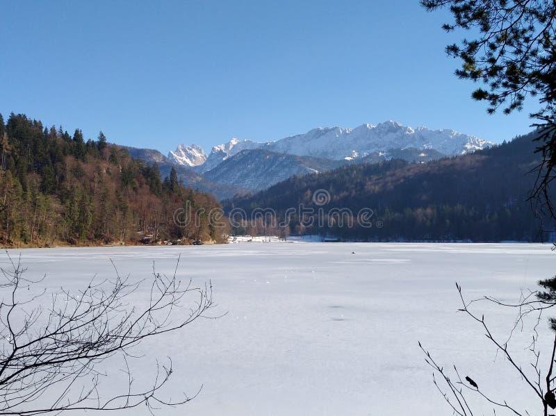 L'Autriche, lac congelé photo stock