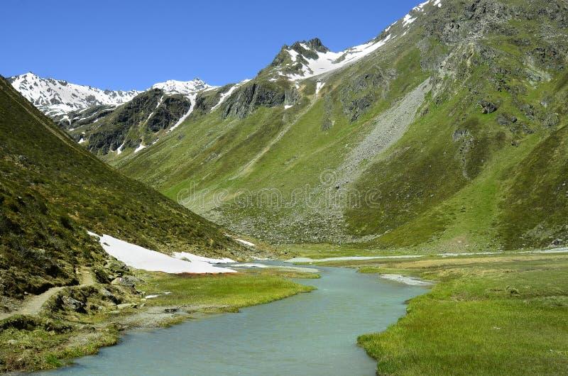 Download L'Autriche, Tyrol, Alpes photo stock. Image du nature - 76081770