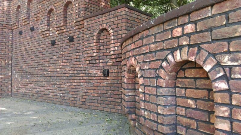 L'avant-poste du sud de la Russie, la forteresse du fragment de St Anne d'un mur de forteresse de brique rouge images stock