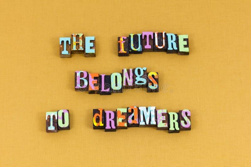L'avenir appartient idée rêveuse apprenant la typographie photo libre de droits