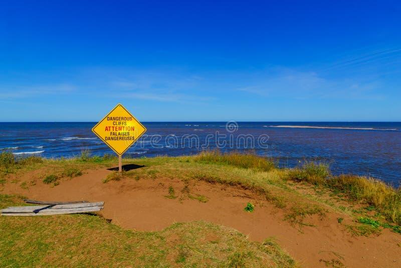 L'avertissement panneau dans le cap du nord, PEI images stock