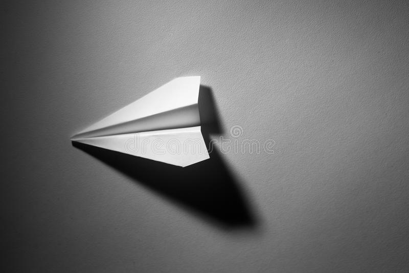 L'avion de papier image libre de droits