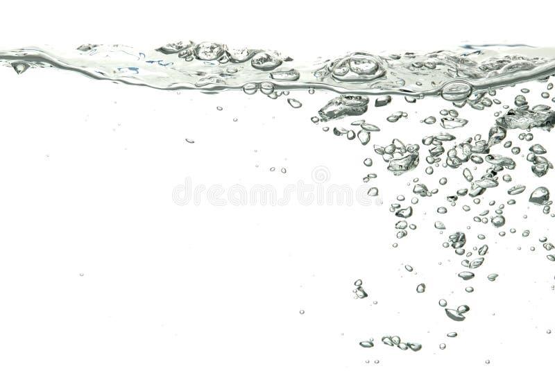 L'eau d'isolement au-dessus du blanc