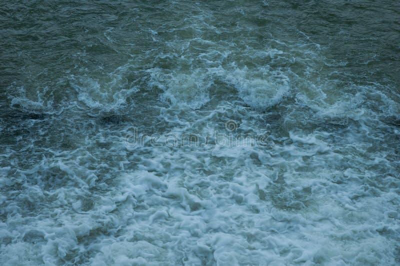 L'eau dans le barrage photos libres de droits
