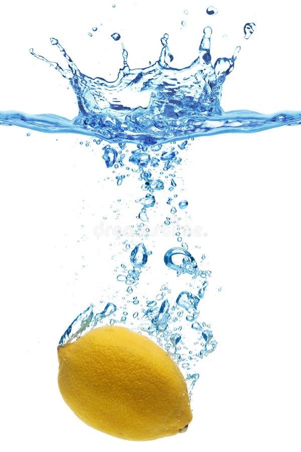 l'eau de citron photographie stock libre de droits