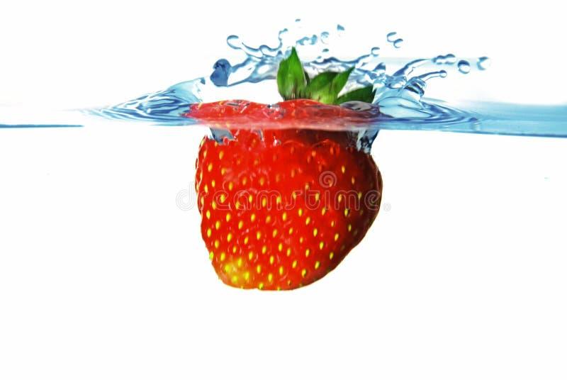 l'eau de fraise photos stock