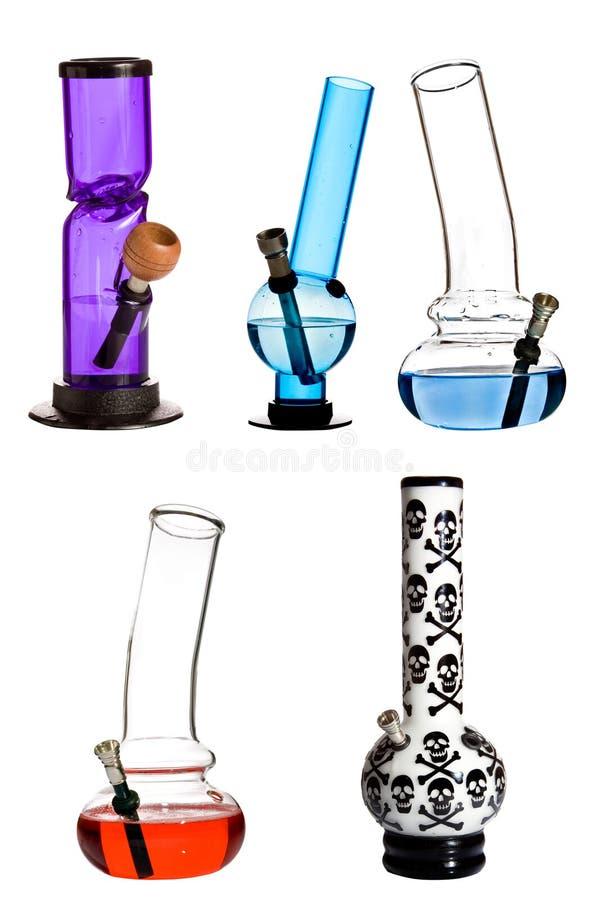 L'eau en verre bongs photo libre de droits