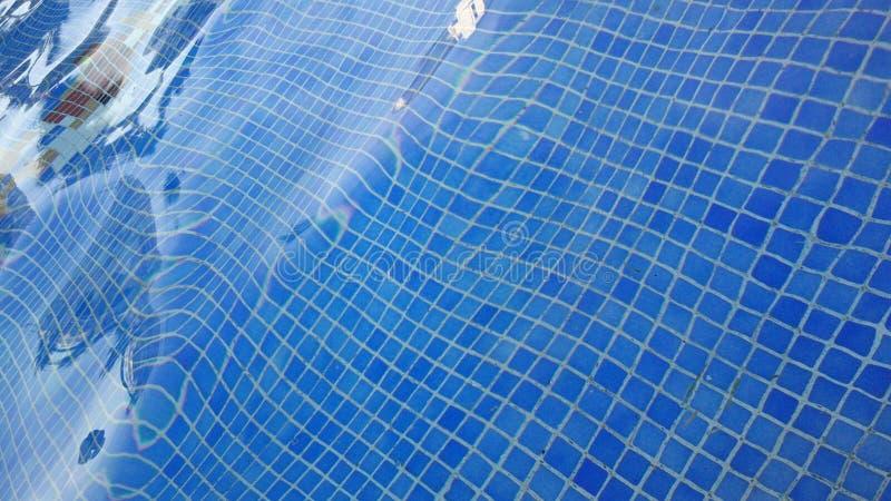 L'eau et parapluies photo libre de droits