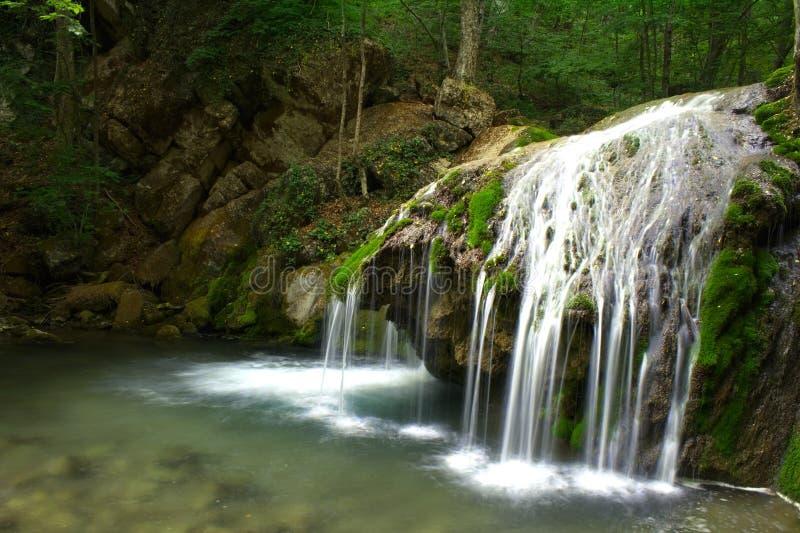 L'eau et roches photographie stock libre de droits