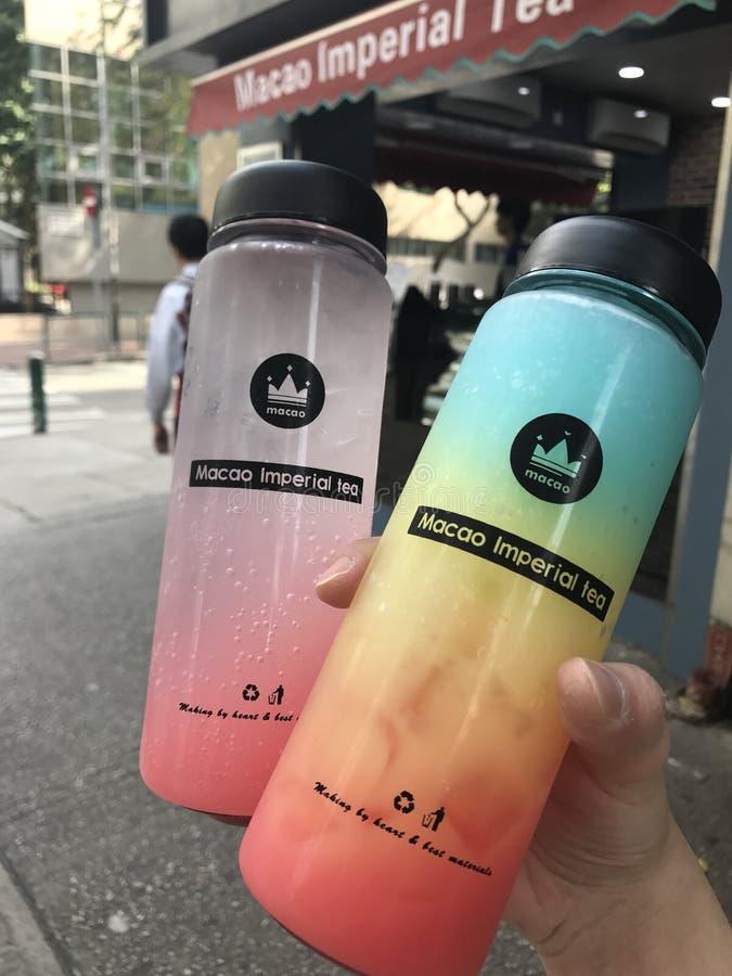 l'eau orange d'été de glace de boissons de citron de carafe photo libre de droits